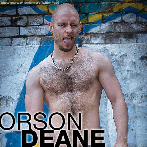 Horny gay muscley hunk pornstar