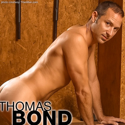 Thomas Bond Titan Men American Gay Porn Star Gay Porn 100224 gayporn star Gay Porn Performer