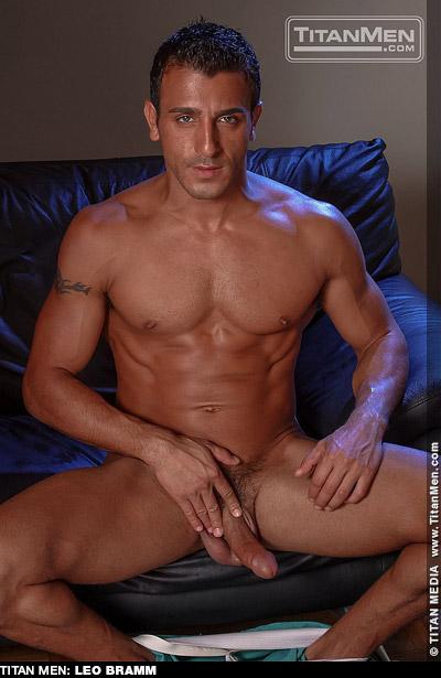Leo Bramm Playgirl Model & American Gay Porn Star Gay Porn 100236 gayporn star