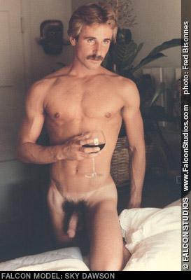 Sky Dawson Handsome American Gay Porn SuperStar Gay Porn 100416 gayporn star