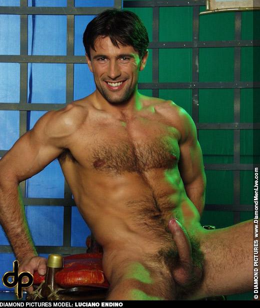 endino gay Luciano