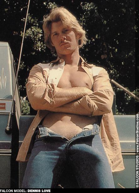 Dennis Love Blueboy Magazine Model & Handsome Hung Miami Hustler Gay Porn 100783 gayporn star