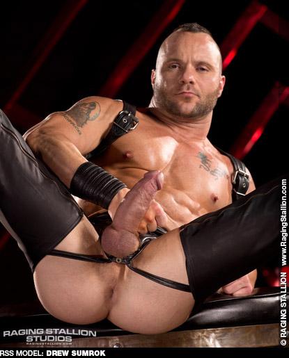 Drew Sumrok American Muscle Butt Slut Gay Porn Star Gay Porn 101214 gayporn star