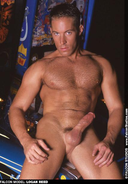 Logan Reed Hunky Stud-Muffin American Gay Porn Star Gay Porn 103087 gayporn star