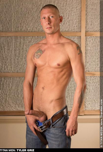Tyler Griz Titan Men American Gay Porn Star Gay Porn 127851 gayporn star