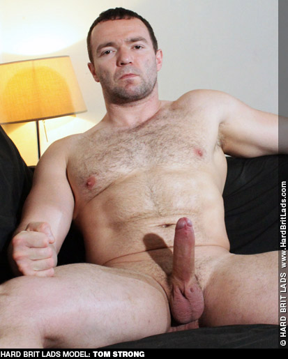 Tom Strong Hard Brit Lads Muscle Gay Porn Star 131571 gayporn star