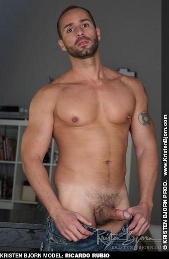 Ricardo Rubio Brazilian Kristen Bjorn Gay Porn Star 131603 gayporn star
