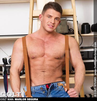 Marlon Segura Hunky European Gay Solo Performer 131776 gayporn star