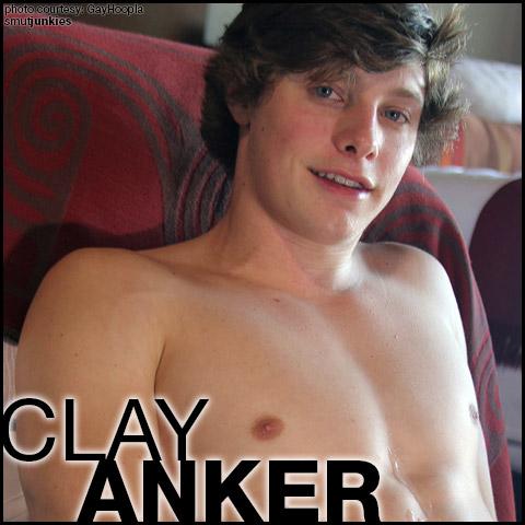 Clay Anker American Exhibitionist Gay Porn GayHoopla Amateur Gay Porn 132389 gayporn star