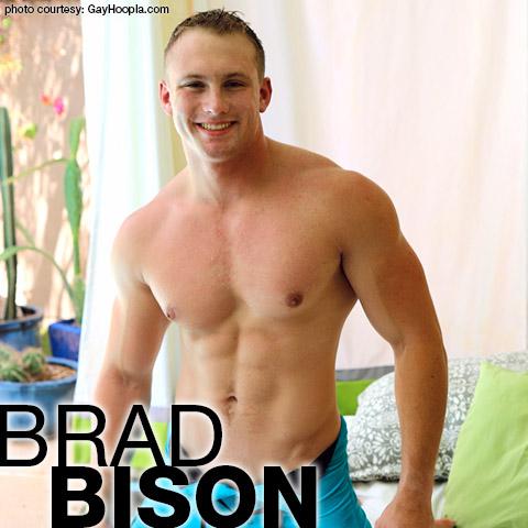 Brad Bison Blond American Muscle Hunk Exhibitionist Gay Porn GayHoopla Amateur Gay Porn 132586 gayporn star