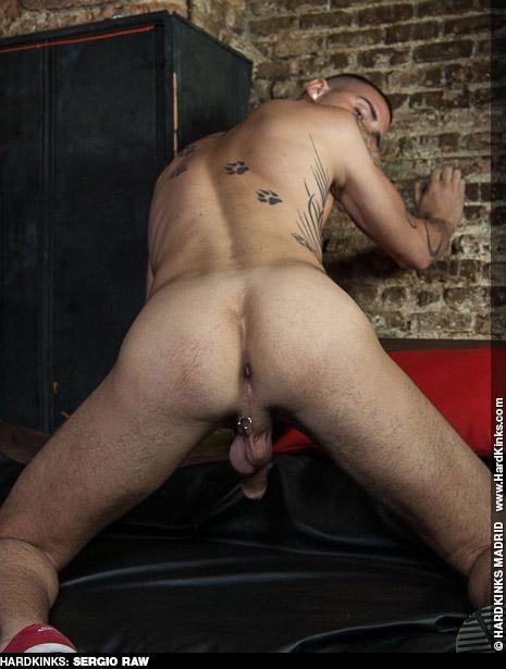 Sergio Raw Spanish Kink BDSM Gay Porn Star Gay Porn 133545 gayporn star